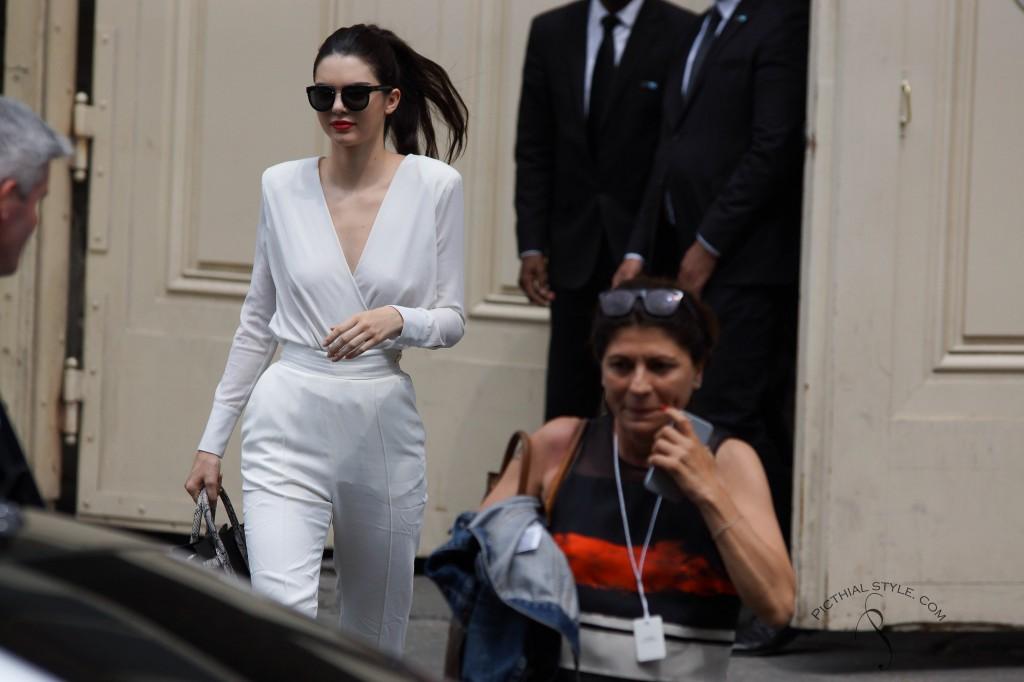 Protégé: Kendall  Jenner à la sortie du défilé Chanel